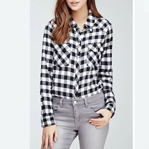 Forever 21 Black Plaid Flannel Long Sleeve Shirt S